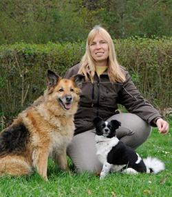 Gaby Dümmel - Trainer Obedience